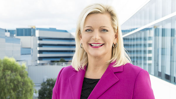 Inside IT: Intel CIO Paula Tolliver Talks About the IT 2016-2017 Annual Performance Report